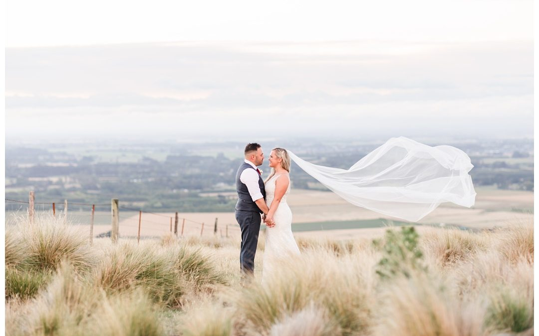 Lisa & Luke- Waipuna Estate Wedding